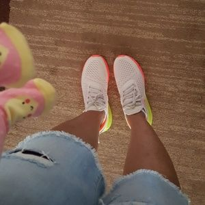 [NEW LISTING] Nike Air Max 270
